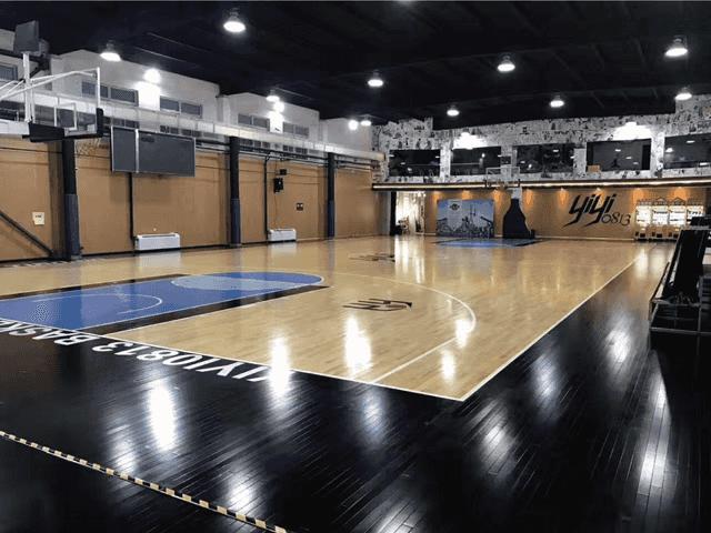 天津YIYI0813篮球馆