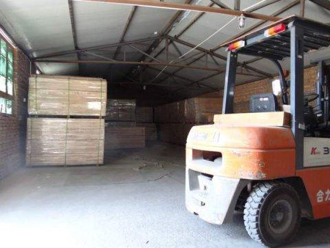 专业运动木地板厂家:避免意